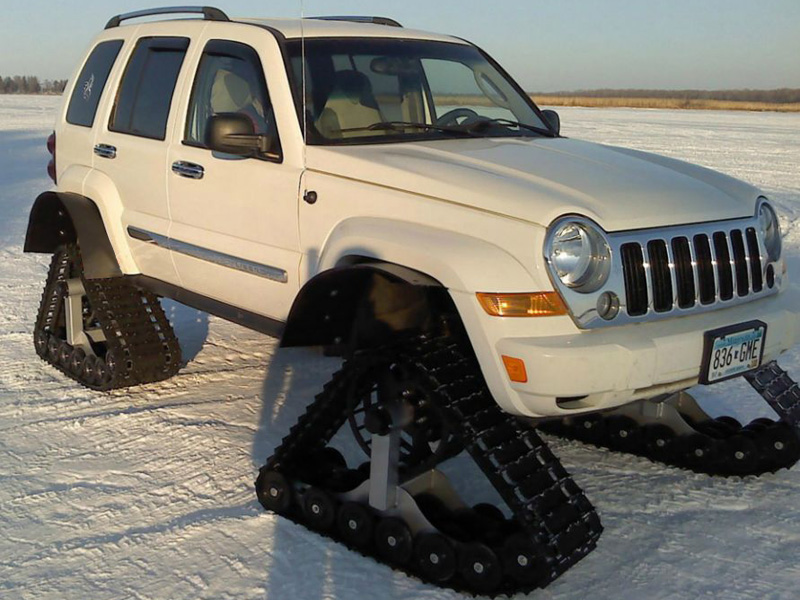 6 Tips for Driving a 4×4 Truck in Snow